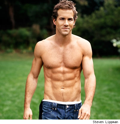 Stars & Fitness: Ryan Reynolds marathon man