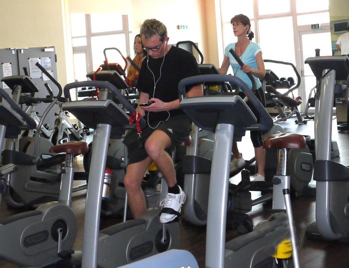 Fahrrad-Ergometer Heimtrainer  Test