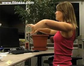 Video: Bizeps und Rückenübung im Sitzen