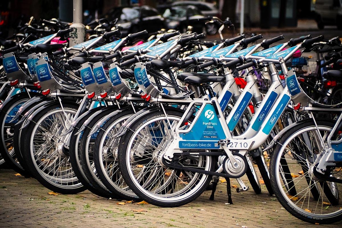 Wochenende: Mit dem Fahrrad auf der Überholspur