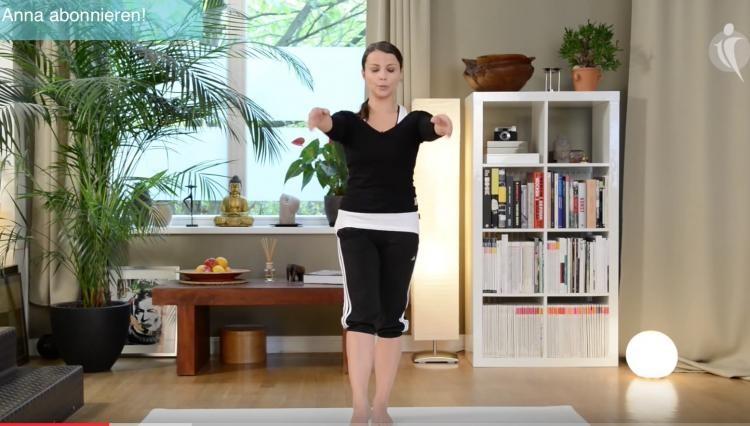 Video: Anfänger Standing Pilates Workout - Haltung verbessern & Gleichgewicht trainieren
