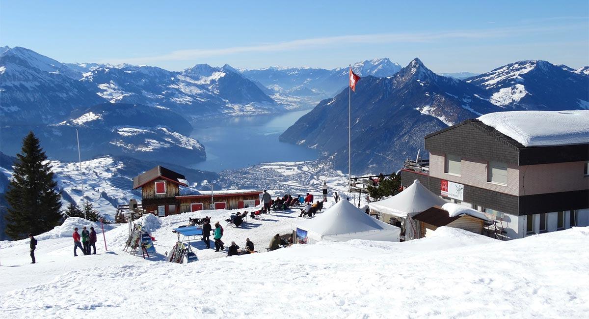 Saufende Skifahrer