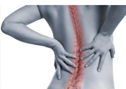 Facettensyndrom: Abhilfe bei wiederkehrenden Rückenschmerzen