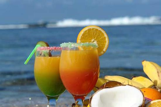 Bebidas de verano : una bomba líquida de calorías
