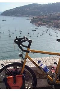 Viajar y fitness: ir al mar en bicicleta