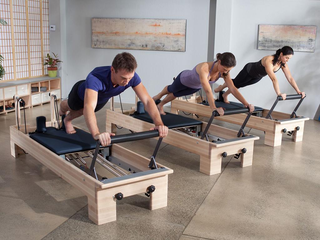 Pilates Balanced Body® Studio Reformer - 2