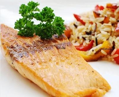 Fischtopf mit Reis und Gemüse