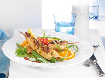 Fruchtiger Fitness Salat mit Orangenvinaigrette