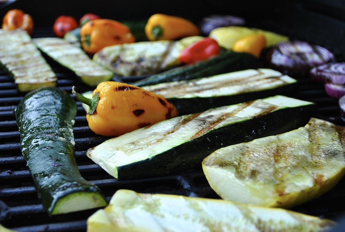 Grillgemüse mit Tzatziki