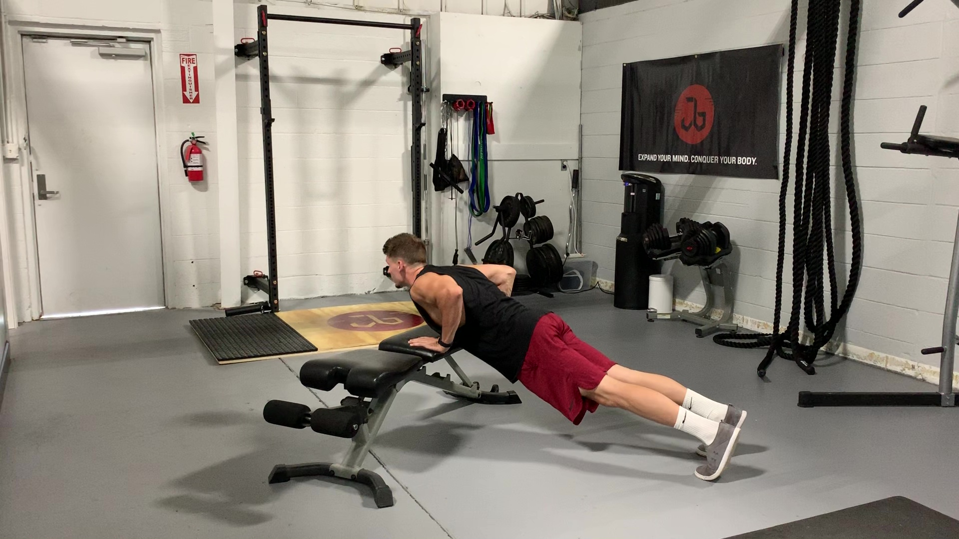 Incline Push-up.MOV
