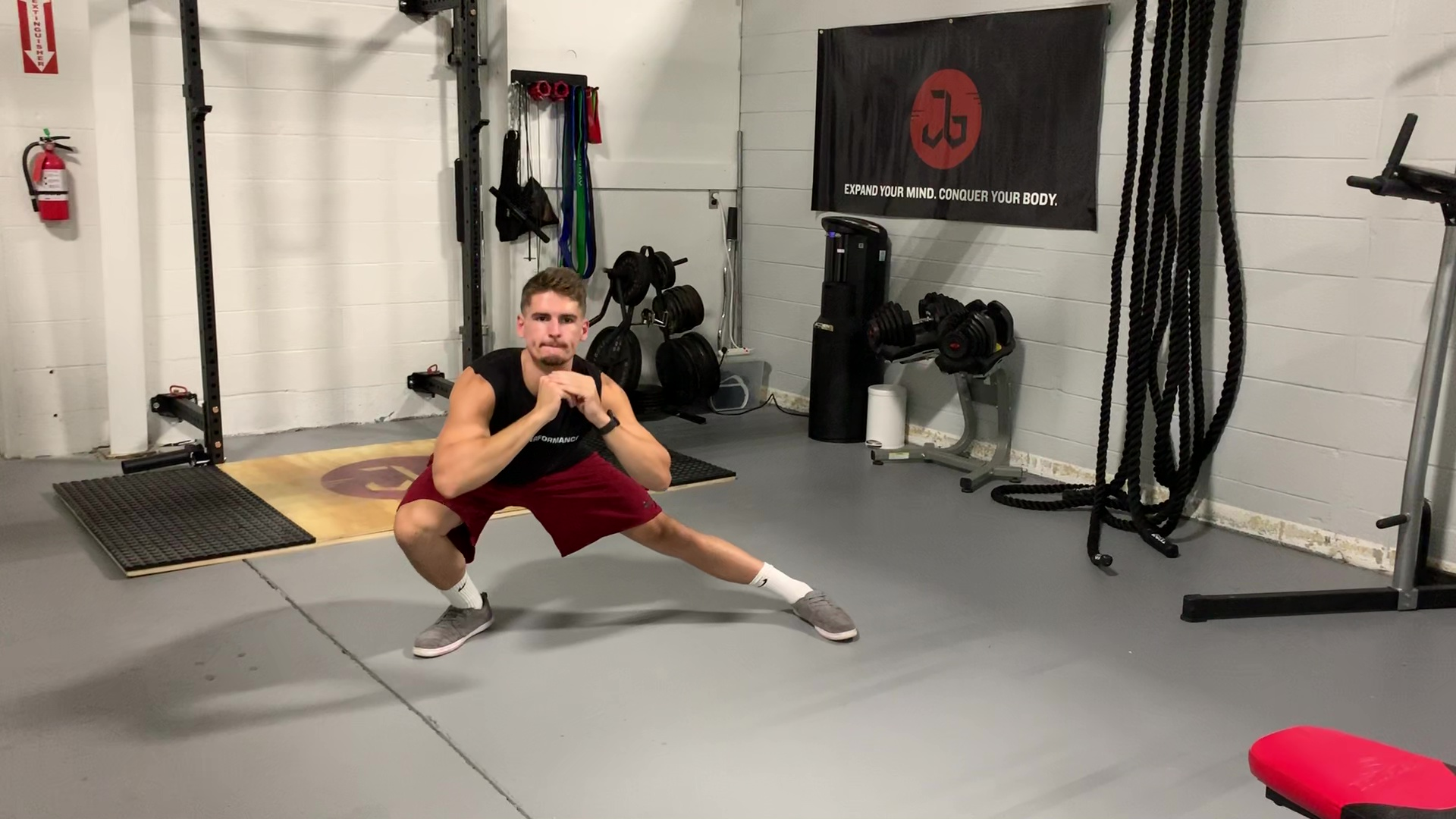 Side Lunge to Squat