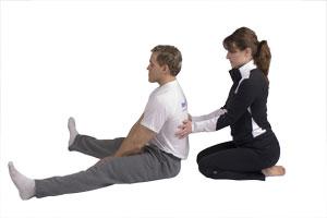 Estiramiento de espalda baja (2 personas)