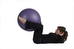 Contracciones abdominales con bola grande