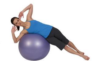 Seitliche Bauchmuskulaturkräftigung  auf dem Gymnastikball