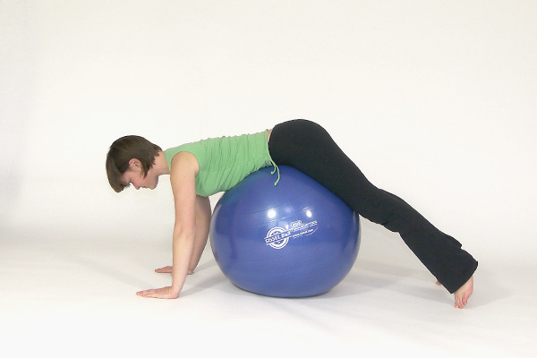 Diagonal Back and Shoulder Exercise with the Ball