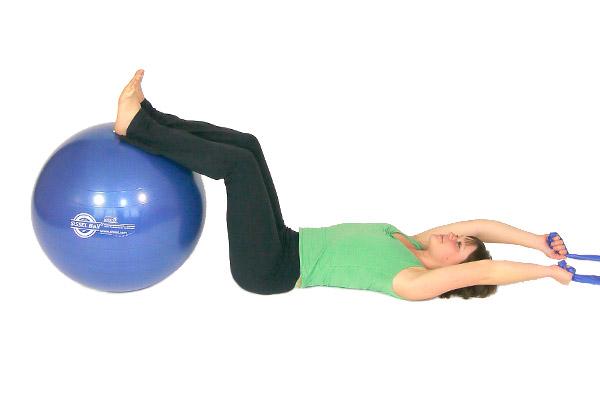 Abdominales con banda de ejercicio & bola de ejercicio